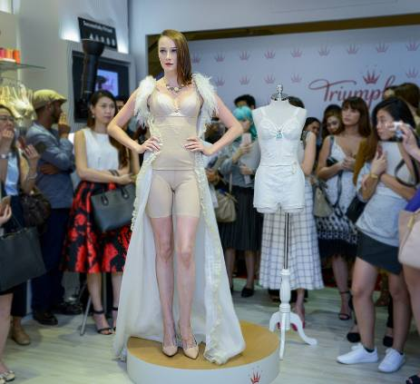 Triumph boutique Mid Valley (10)