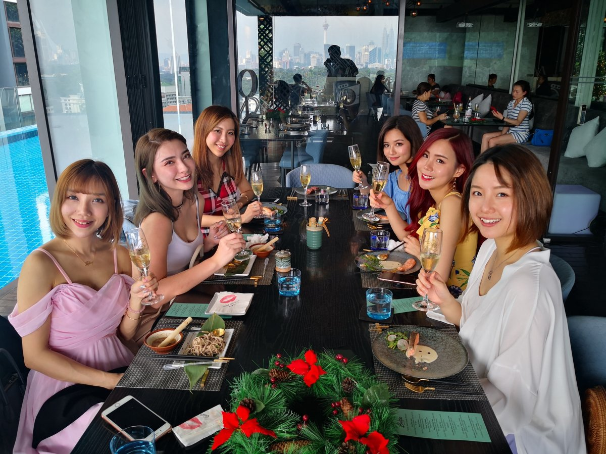 Sunday Champagne Brunch at BABE – Japas Fun Dining